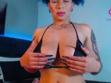 Webcam Snapshop for angelik_blue